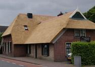 woning met rieten dak
