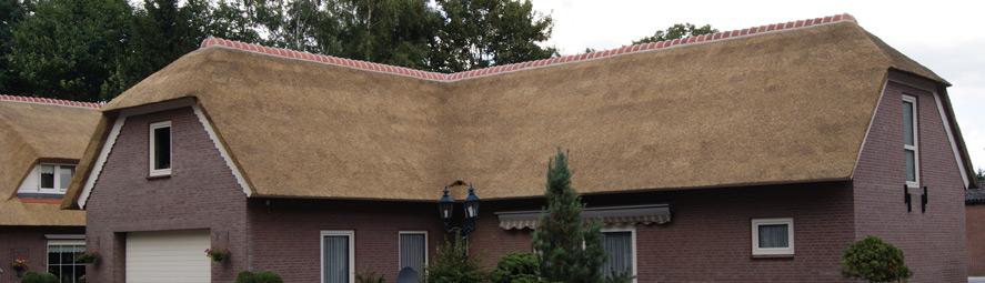 Rieten dak op woning